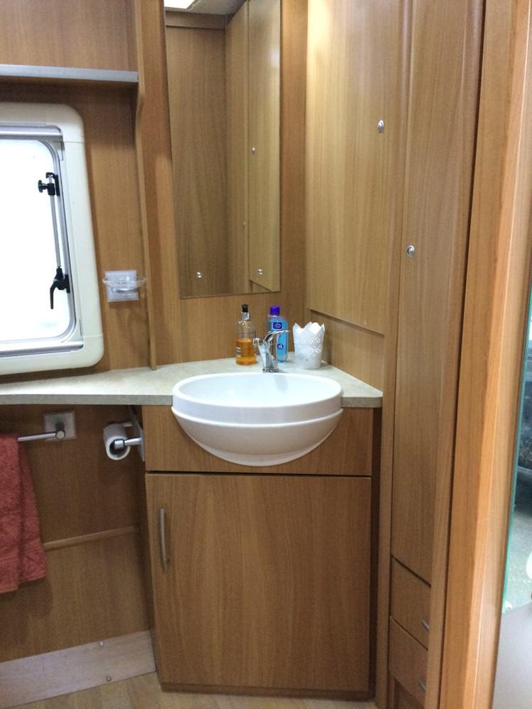 Washroom basin repair